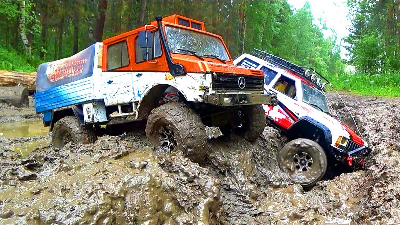 4x4 OFF Road Jeep Car MUD Racing Axial SCX10 II VS Traxxas TRX4   Wilimovich