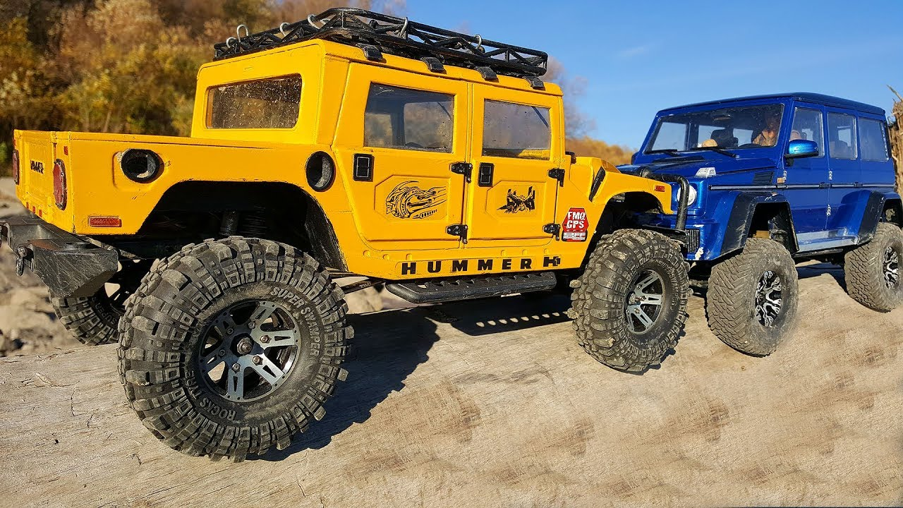 RC Trucks Hummer H1 Argued With the Mercedes G500 4x4 — Portal Axles MST CFX-W VS Axles Axial SCX 10