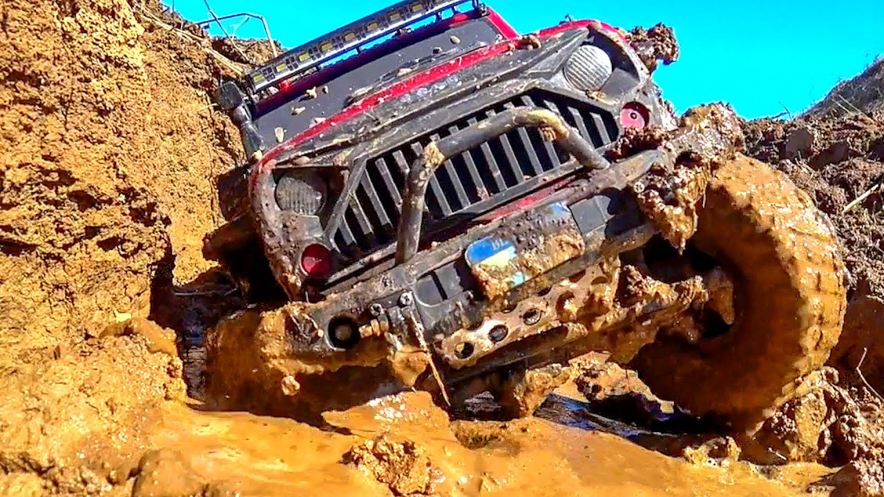 MUD STREAM Racing Challenge RC Cars Traxxas TRX4, MST CFX-W — Wilimovich